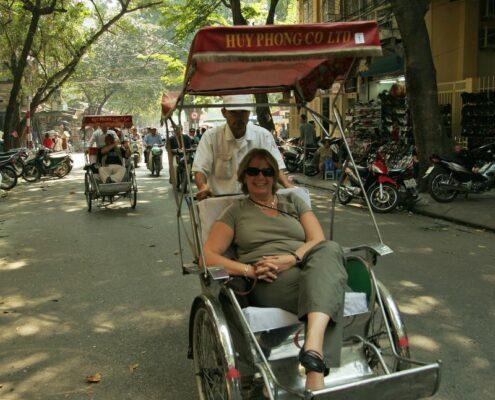 Cyclo/Fahrradrikscha in Hanoi Vietnam