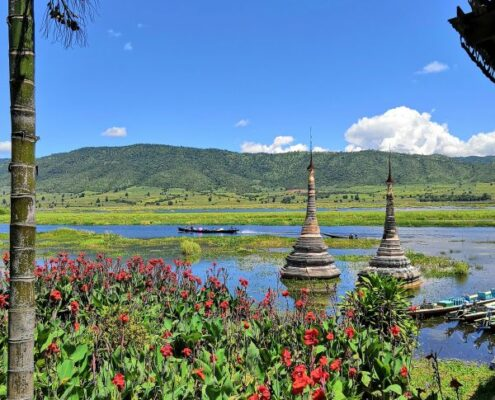 Pagoden auf dem Inle See