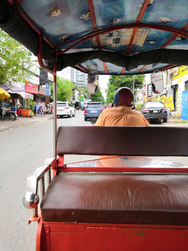 Tuk Tuk Fahrer in Phnom Penh Kambodscha