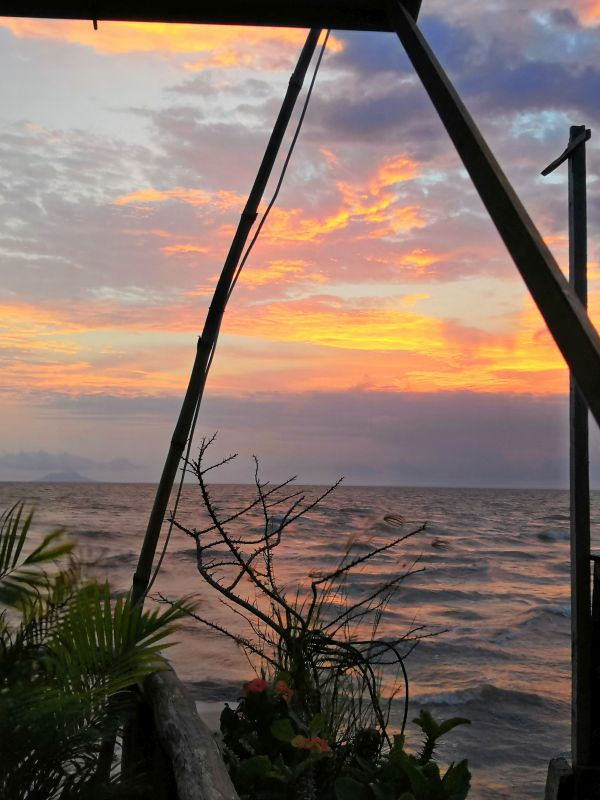 Kep Restaurant am Meer - Kambodscha Sonnenuntergang