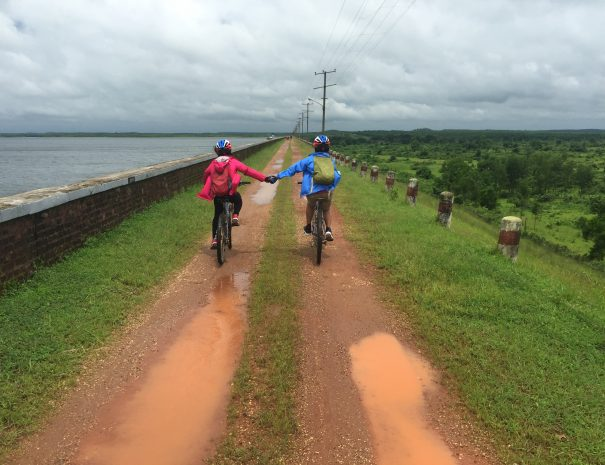 Myanmar biking tour