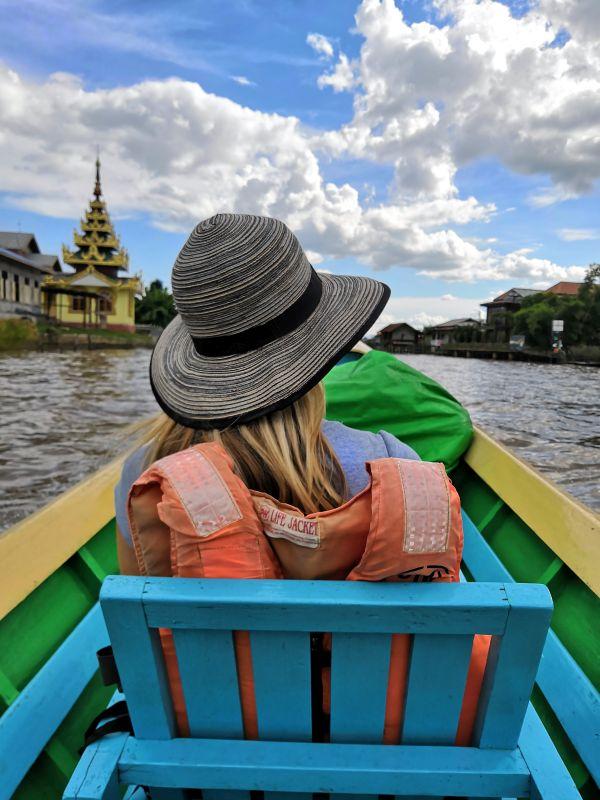 Inle See Myanmar Bootsfahrt Einstammboot