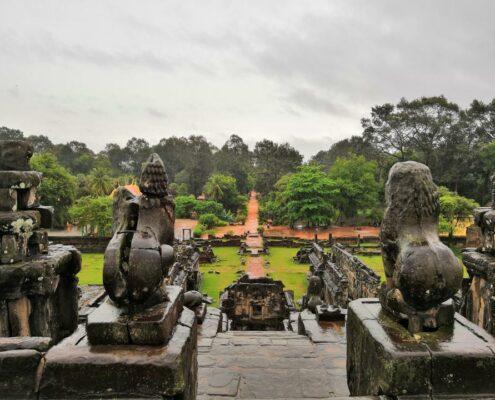 Regen sorgt für mystische Atmosphäre in der Roulous Gruppe, Angkor Wat, Kambodscha
