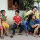 Eine glückliche Familie in Laos