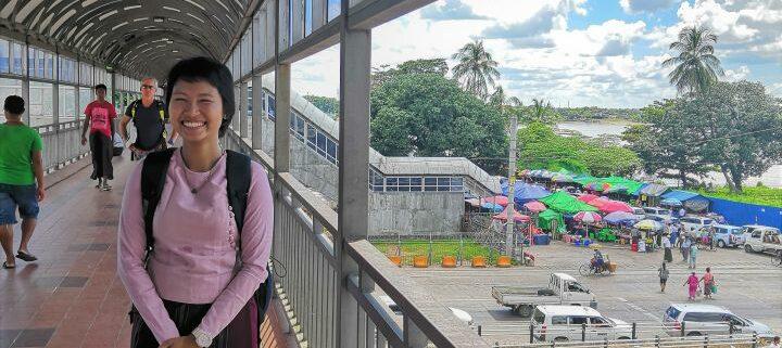 Reiseleiterin in Yangon Myanmar