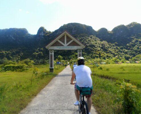 Fahrradtour auf der Insel Cat Ba in der Halong Bucht Vietnam