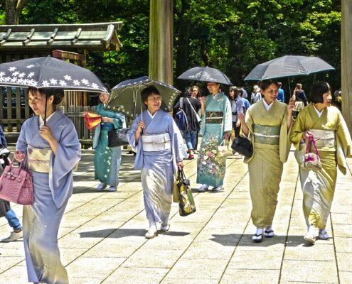Tokio Japan traditionell gekleidetete Frauen Yukatta, Kimono
