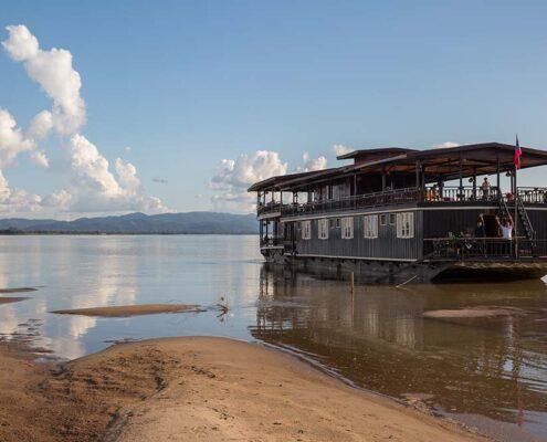 Das Wat Phou Boot