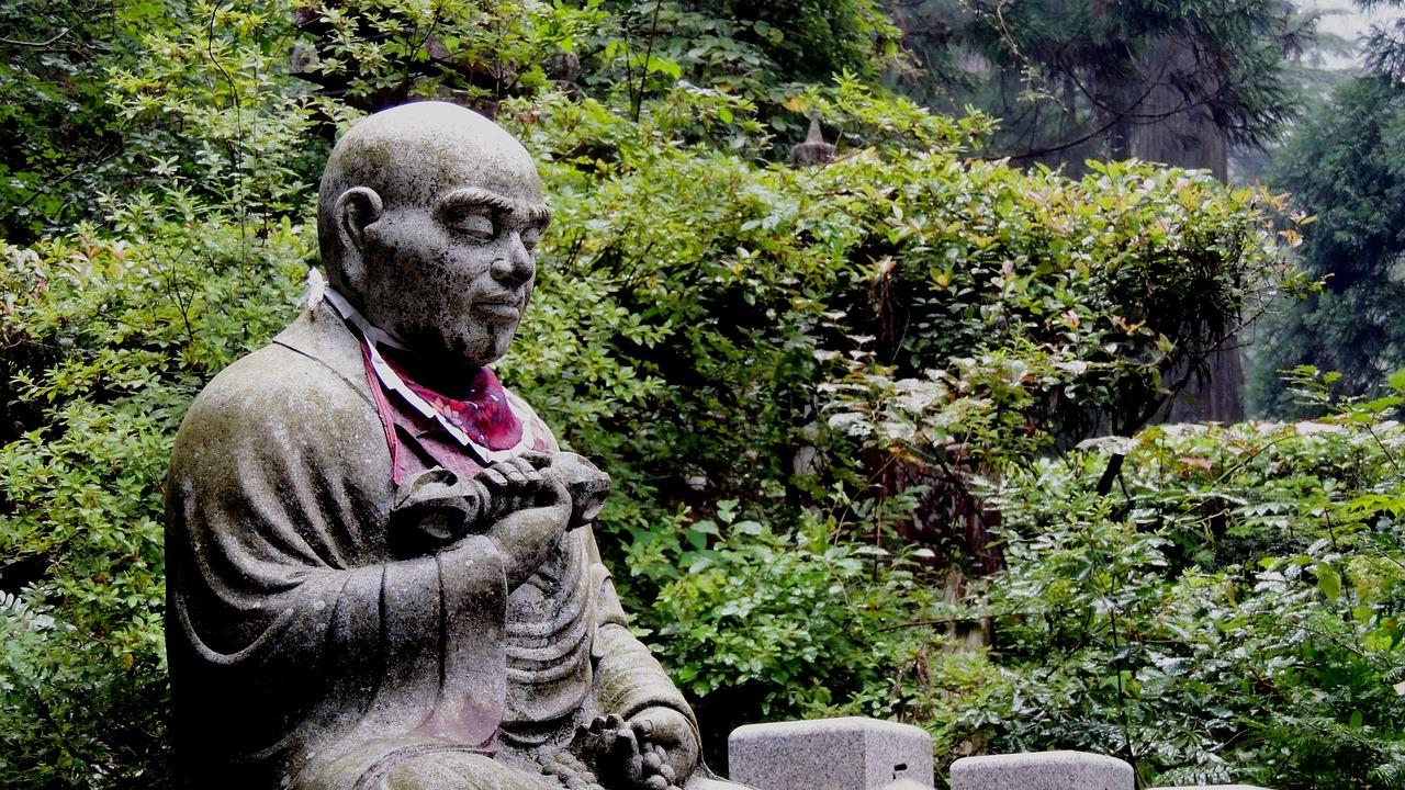 buddhistische Statue am heiligen Koyasan Japan